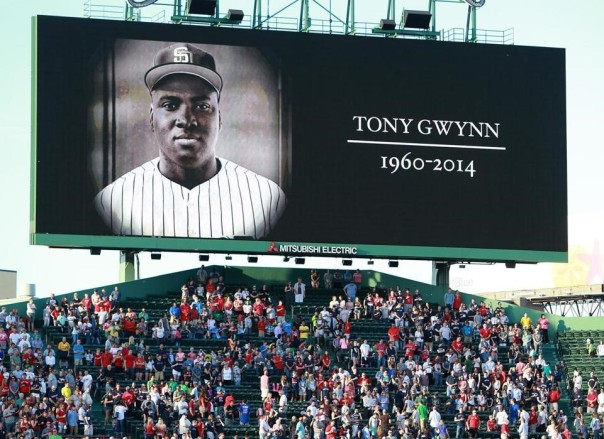 Tony Gwynn  honored @ Fenway Park.